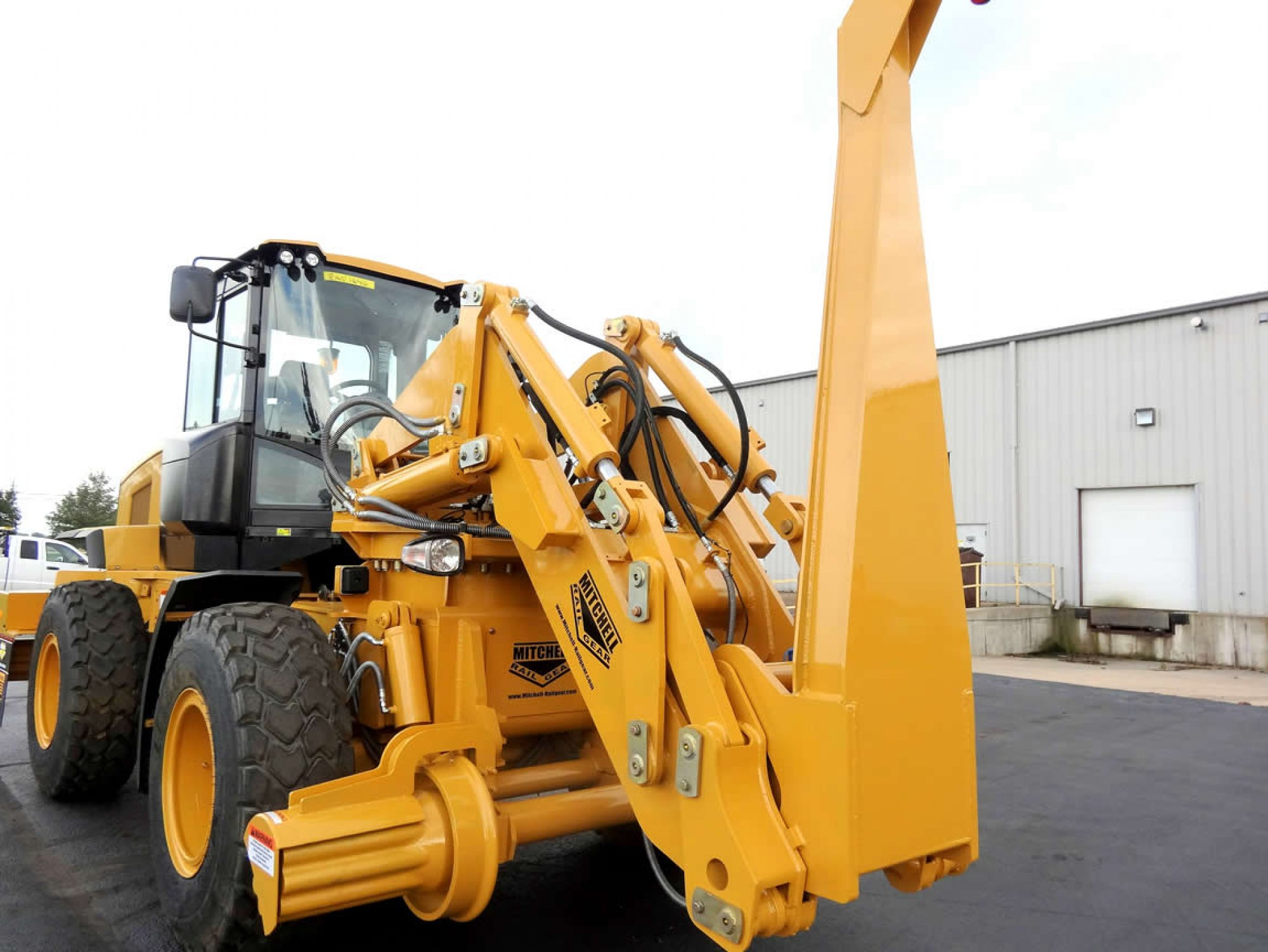 Friction Drive 180 Swing Loader
