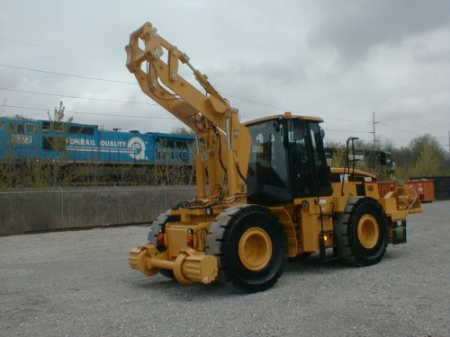 Friction Drive 180 Swing Loader - Railcar Mover